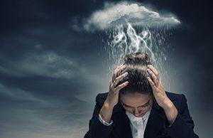 ¿Por qué los pensamientos negativos podrían causarte depresión?