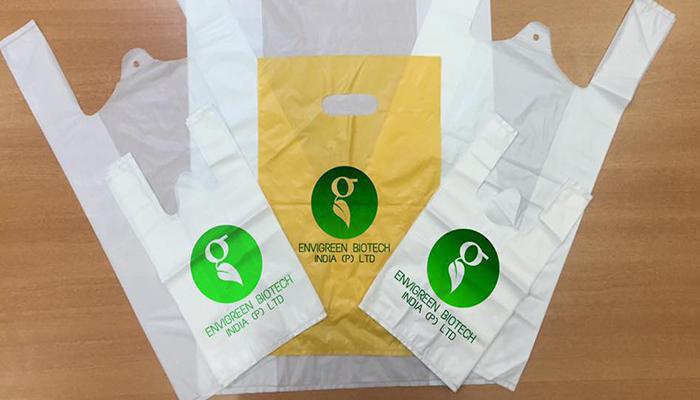 Empresa India crea bolsas hechas con aceite vegetal para ayudar al medio ambiente