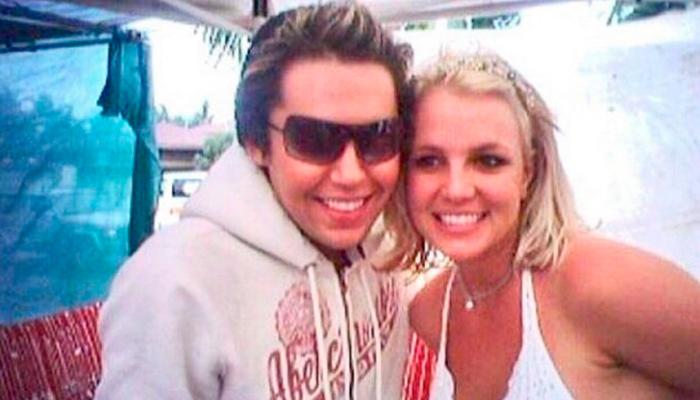 Hombre gasta más de 80 mil dólares para parecerse a Britney Spears