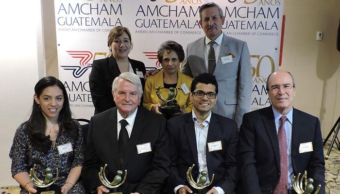 """AmCham otorga el """"Premio De Contribución a la Comunidad"""""""