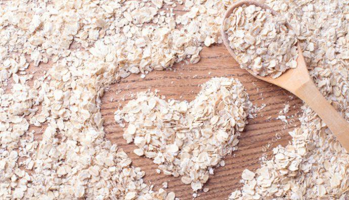 ¿Qué beneficios tiene el consumo de avena para la salud?