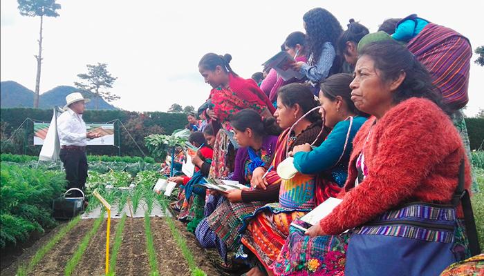 EEGSA apoya el desarrollo femenino en Sumpango, Sacatepéquez