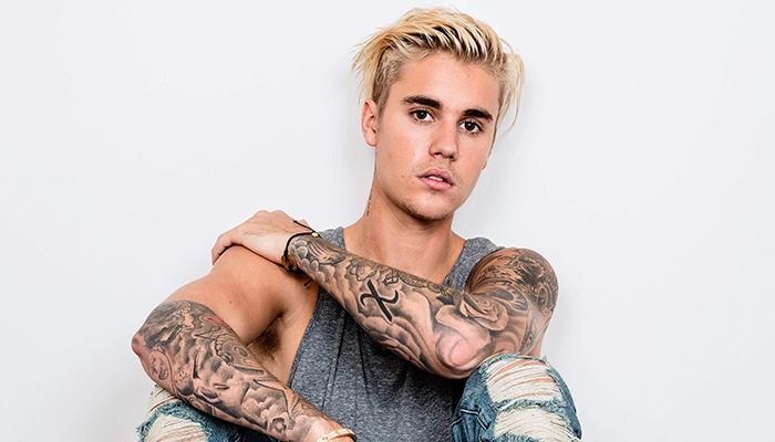 """Video: Justin Bieber se le olvida la letra de """"Despacito"""" en concierto"""