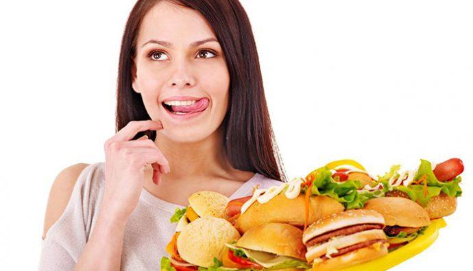 ¿Qué alimentos no se debe comer si se padece gastritis?