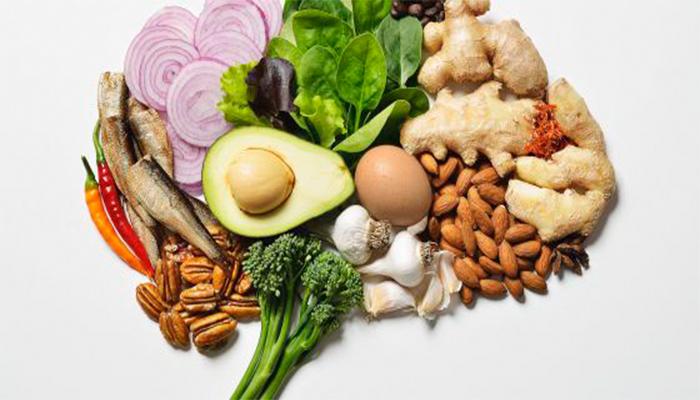 5 alimentos que te ayudan a cuidar tu cerebro