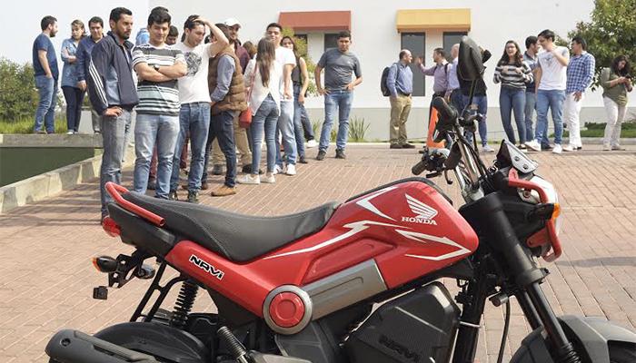 Honda motiva a universitarios a movilizarse sobre dos ruedas