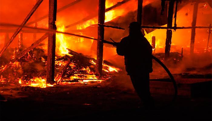 ¿Cómo evitar un incendio desde la construcción del hogar?