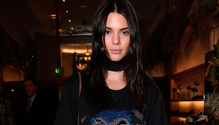 Video: Caída en bicicleta de Kendall Jenner se vuelve viral