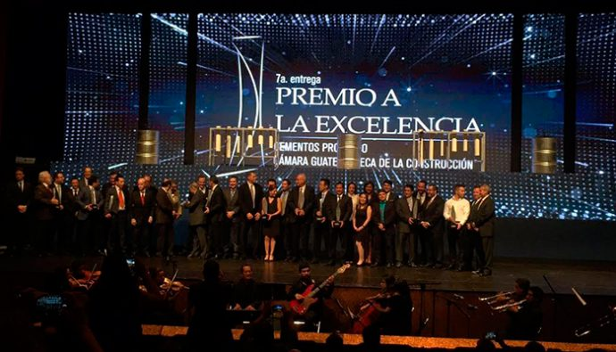 Grupo PreCon recibe premio a la excelencia