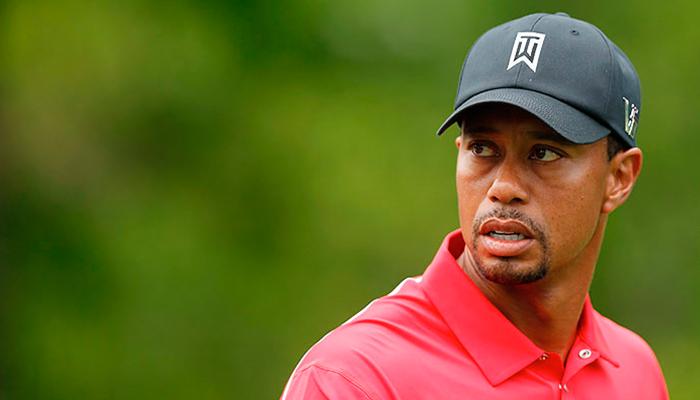 El golfista Tiger Woods es arrestado por conducir bajo efectos de Alcohol