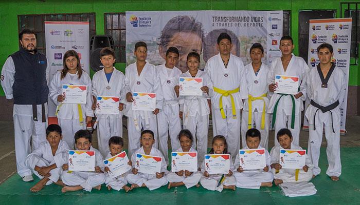 Guatemaltecos se preparan para la Copa Lyons de Taekwondo