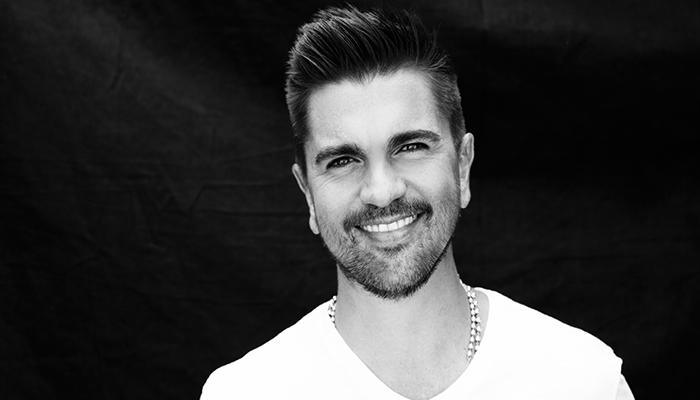 Rolling Stone nombra álbum de Juanes como uno de los mejores del 2017