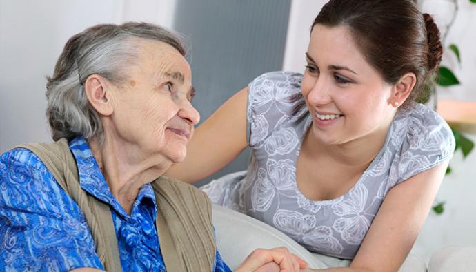 ¿Cuál es la importancia del cuidado de los adultos mayores?
