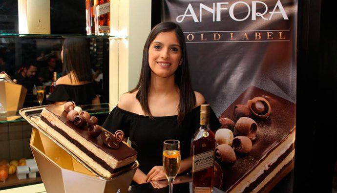 """Anfora y Johnnie Walker presentan el nuevo pastel """"Gold Label"""""""