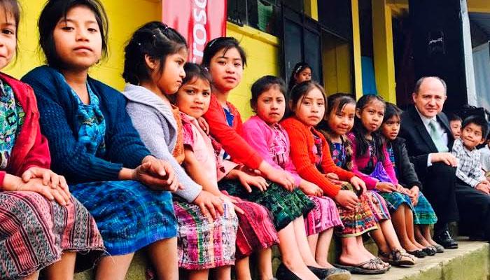 Inauguran primer Aula Digital Móvil en Patzún, Chimaltenango.