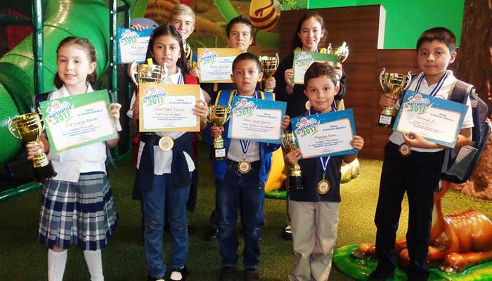 Burger King entrega premios del Campeonato de Matemáticas