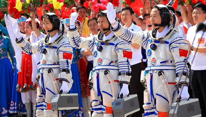 China prepara una misión tripulada a la parte oscura de la Luna