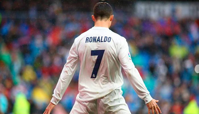 """Cristiano Ronaldo estará en una portada especial del videojuego """"FIFA 18"""""""