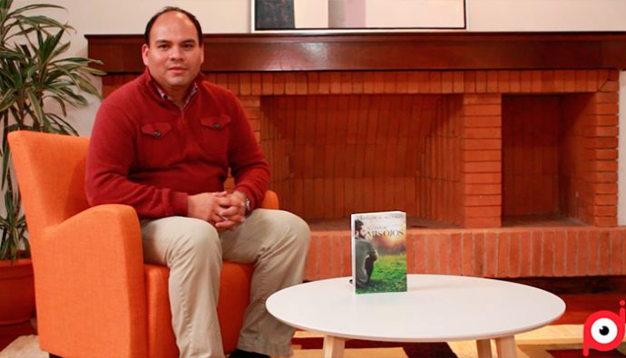 """Entrevista: El escritor Gustavo Adolfo Monroy da detalles de la novela """"Al Cerrar mis ojos"""""""