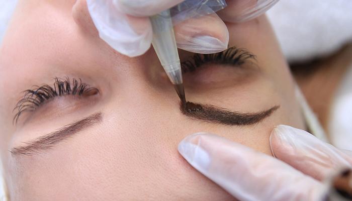 ¿Qué es la micropigmentación de cejas vello por vello?