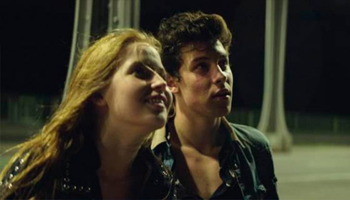 "Shawn Mendes lanza su video ""THERE'S NOTHING HOLDIN' ME BACK"""