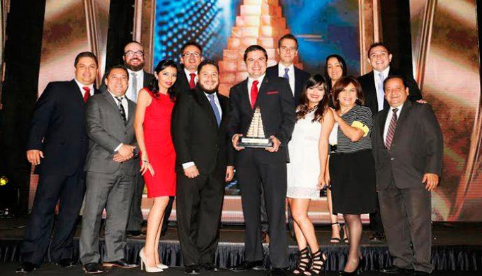 FHA premia por quinta ocasión a Spectrum