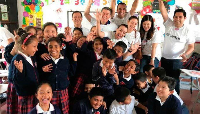"""Voluntarios de Nestlé promueven """"Unidos por Niños Saludables"""""""