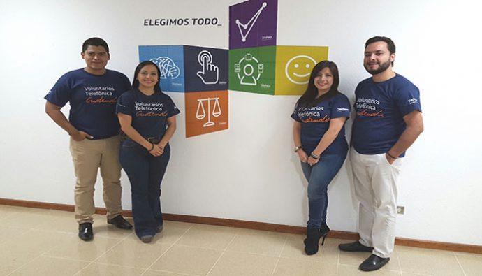 Empleados de Telefónica donan sus vacaciones para colaborar a la educación