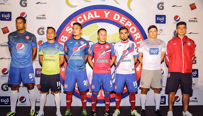 Club Xelajú da a conocer nuevos jugadores y patrocinador