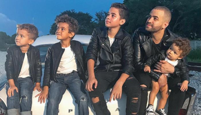 """Nacho estrena canción """"Happy Happy"""" junto a sus tres hijos"""