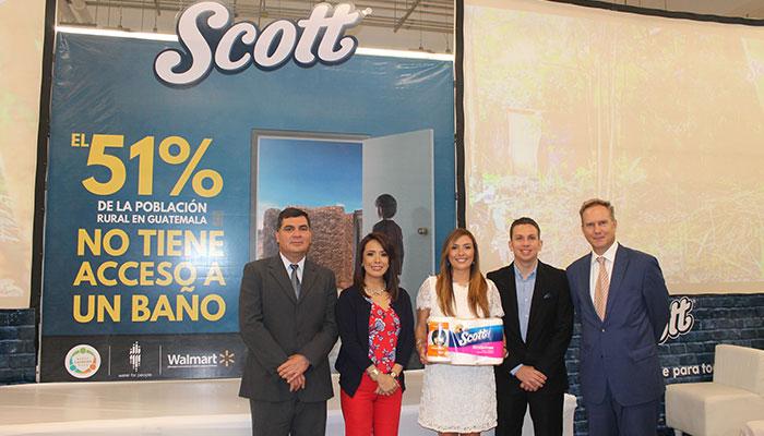 "Scott apoya campaña ""Baños Cambian Vidas"" para comunidades de Guatemala"
