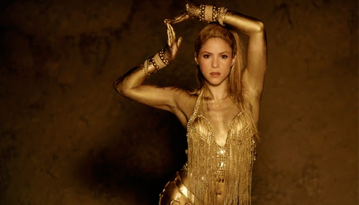 "Shakira estrena video musical de ""Perro Fiel"" feat. Nicky Jam"