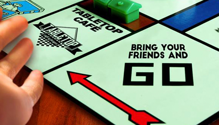 Conoce TableTop, lugar que ofrece diversión, comida y juegos de mesa