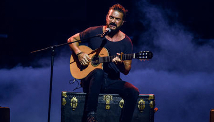 Ricardo Arjona estrena su video musical