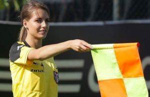 Conoce a Karolina Bojar, la árbitro más bella del mundo