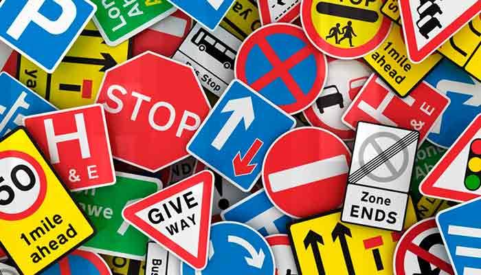 EMIXTRA implementa señalización que reducirá riesgos viales