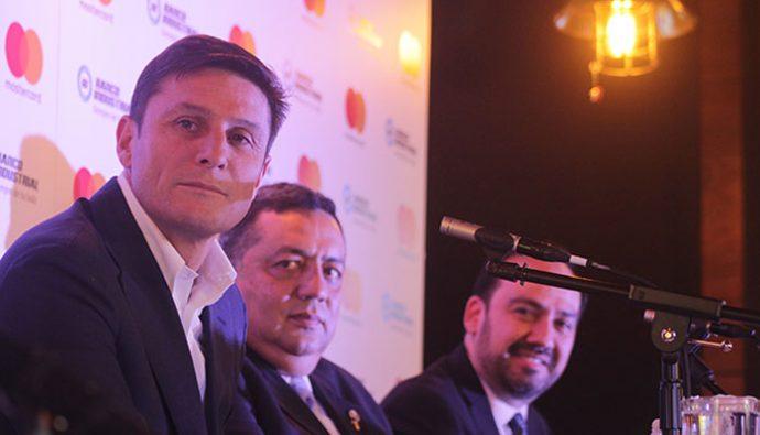 Tarjetahabientes de Banco Industrial y MasterCard listos para ir la UEFA Champions League