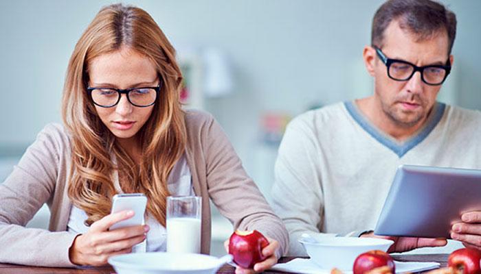 Video: ¿Cómo saber si somos adictos al celular?