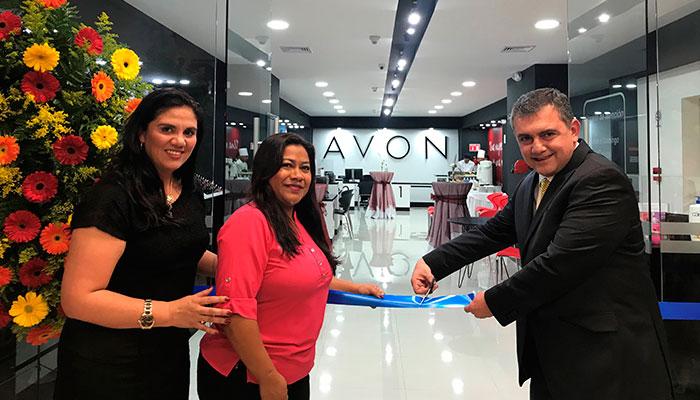 AVON inaugura nuevo centro se ventas en Villa Nueva