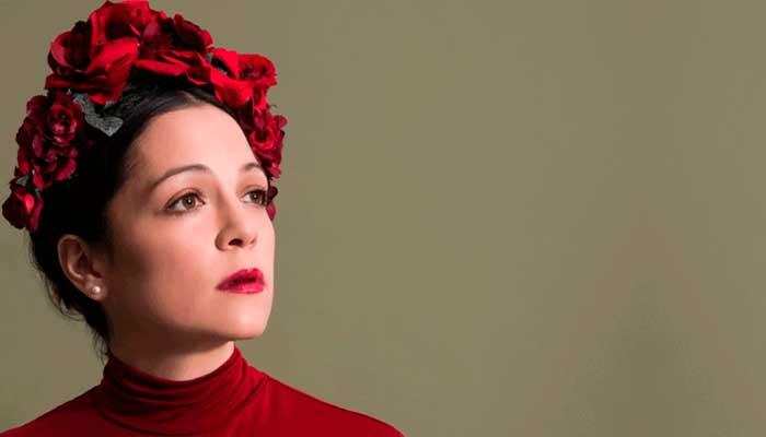 """Natalia Lafourcade presenta """"Danza de Garderinas"""""""