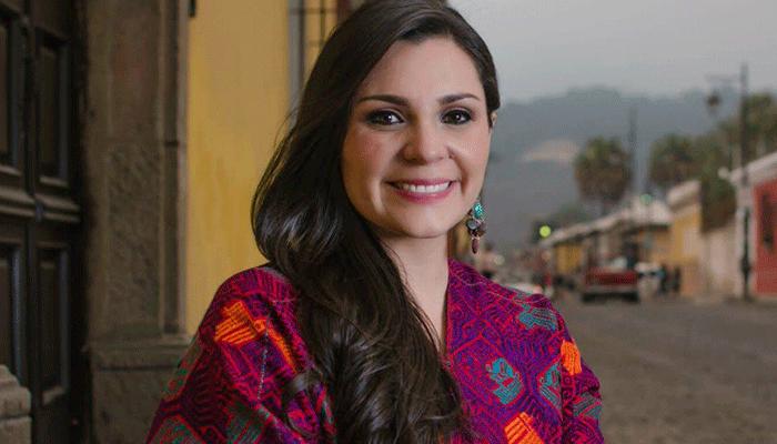 """Andrea Arias presenta su primer sencillo """"Mi primer amor"""""""