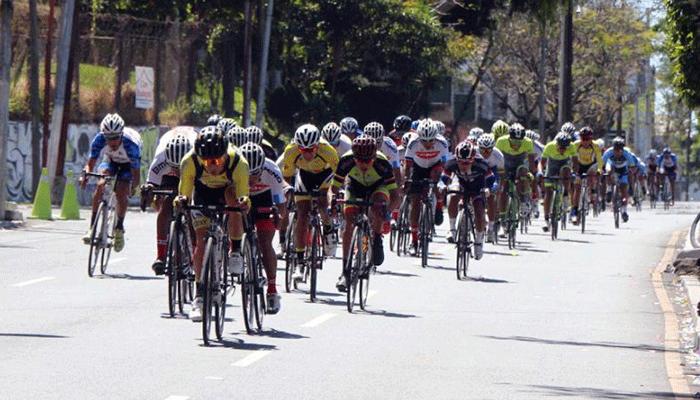 Presentan equipos de ciclismo para iniciar temporada