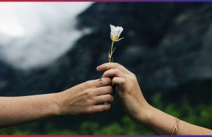 <b><CENTER>El amor en tiempos modernos<CENTER></b>