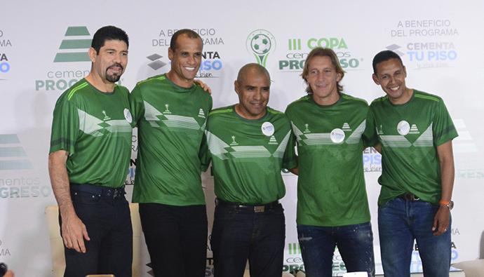 <b>Las leyendas internacionales del futbol ya están en Guatemala</b>