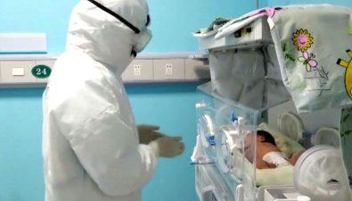 Bebé recién nacida con coronavirus se recupera sin medicamento