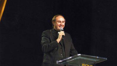 Padre Rubén Francisco Bellante viene a Guatemala