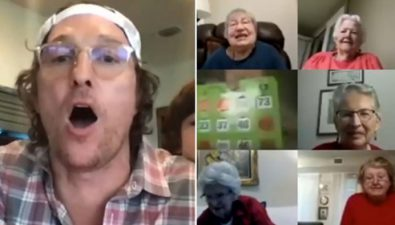 Matthew McConaughey juega bingo virtual con abuelitos en cuarentena