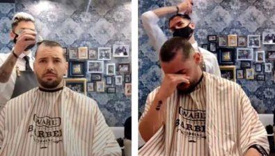 Peluquero se rapó la cabeza en solidaridad con paciente con cáncer