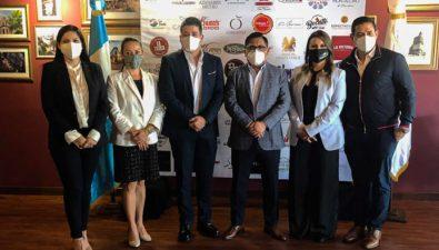 Gremio restaurantero expone los esfuerzos que han realizado para cuidar a los guatemaltecos durante la pandemia