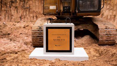 Apartamentos Moretti coloca su primera piedra